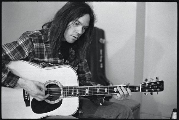 Neil Young-Tell Me Why